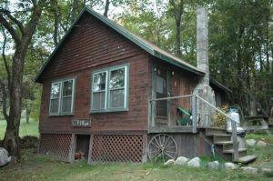 The Fir - Canalside Cabins